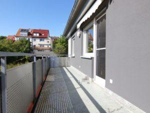 157 großer Balkon - Brunnhuber Immobilien